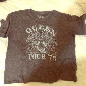 Queen graphic tee
